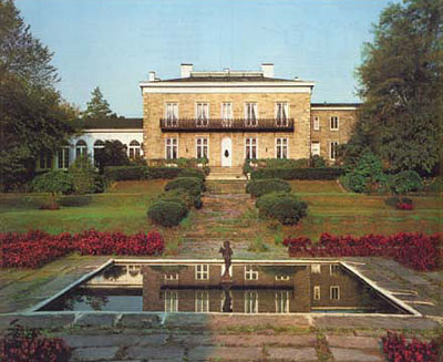 Bartow Pell Mansion